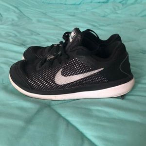 Nike Flex size 13 boys